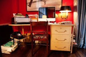 Vintage - Inside the home of ANDY SPADE AND KATE SPADE in NYC.jpg